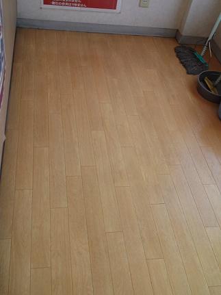 床磨き (4)