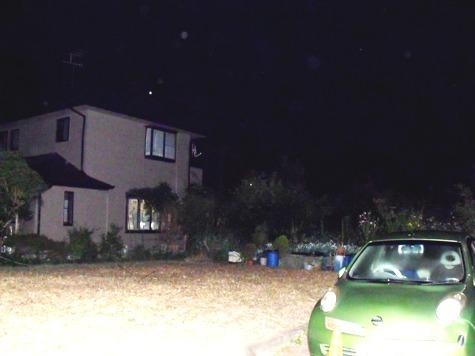 画像ー247 ハエ取り紙と湿度の低い時の夜景 013-2