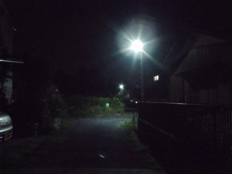画像ー247 ハエ取り紙と湿度の低い時の夜景 008-2