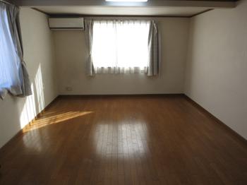 ユーハウス202号室内2_R