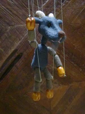 puppeteersmariyagiw73.jpg
