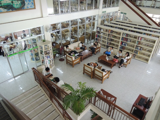Library (7)