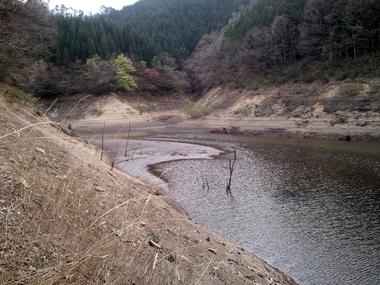 見たことないくらい大減水