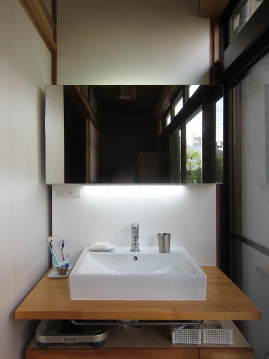 washstand13.jpg