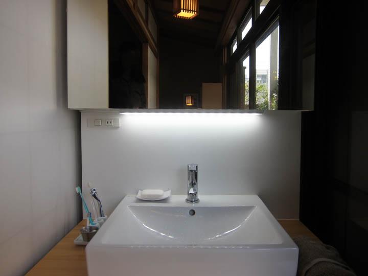 washstand21.jpg