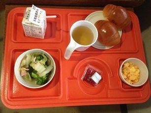 病院食 (4)