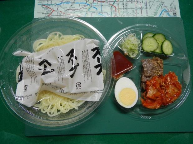 冷麺@ローソン (3)