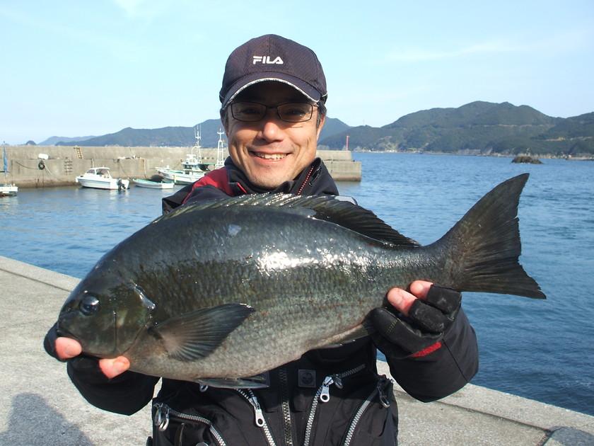 2月22日鶴見 藤田さんグレ49cm