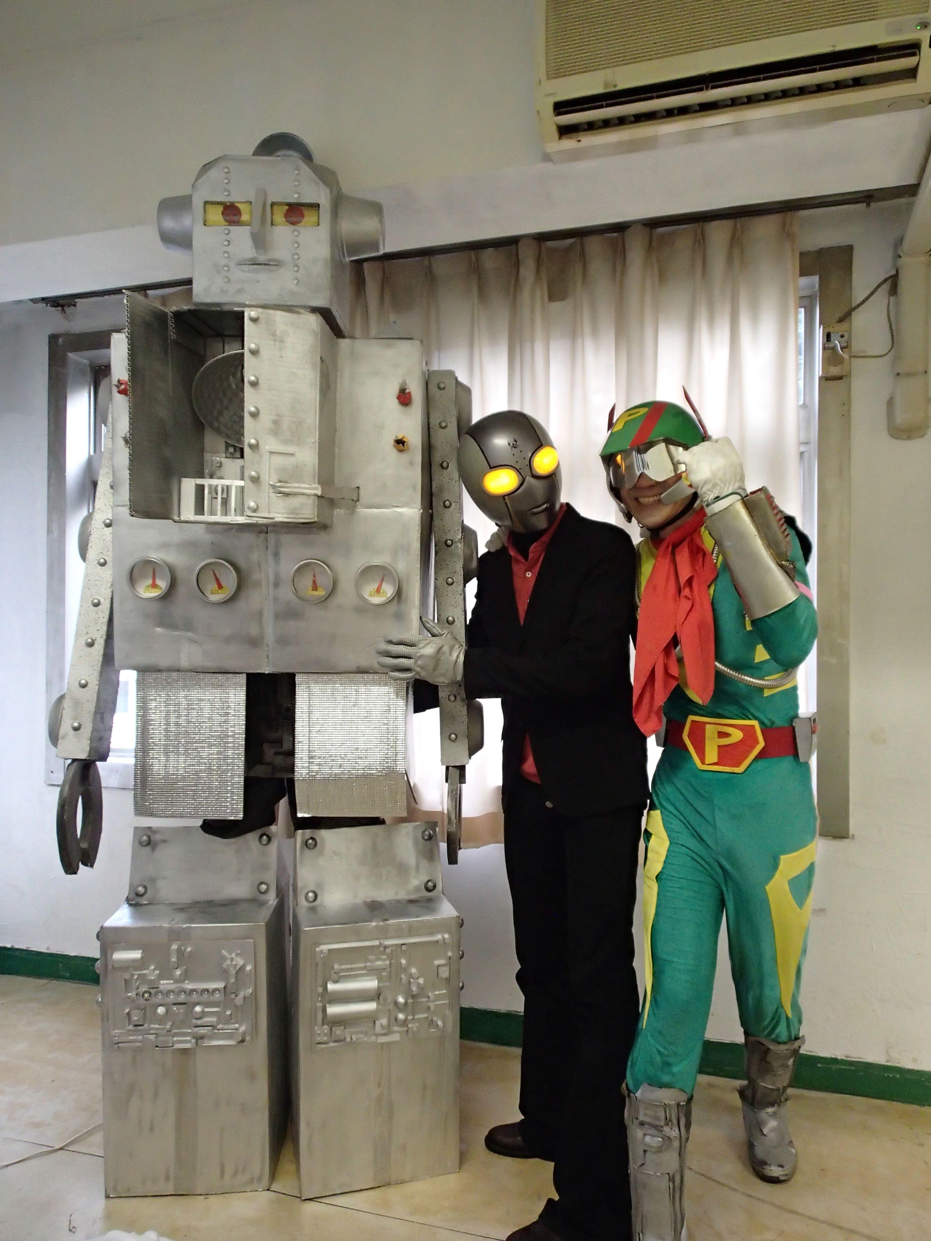 廃病院パーティーVOL.3 ザ★ファイナル@初台玉井病院スタジオ・左からブリッカン、たねマンさん、Pマンさん