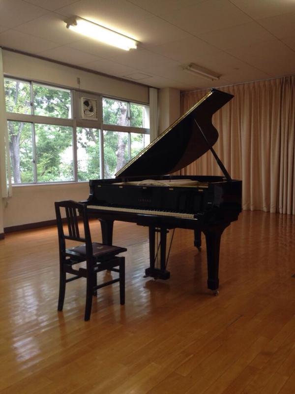 重松壮一郎森のピアノ1