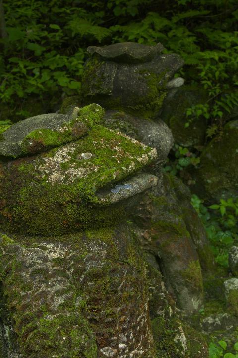秋芳白糸の滝の夫婦河童