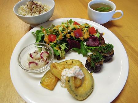 lunch_1407.jpg