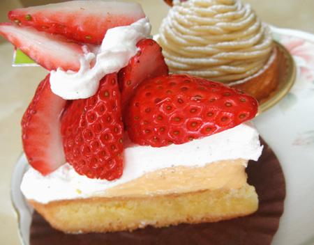 【ケーキ】ヨロイヅカファーム「タルトひたちひめ」 (1)
