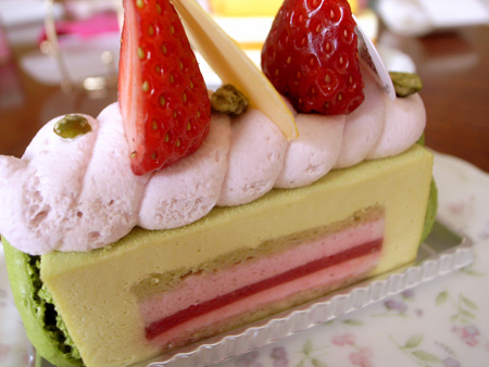 【ケーキ】エチエンヌ「ジョリフィーユ」