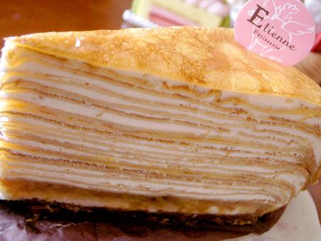 【ケーキ】エチエンヌ「ミルクレープバナナ」 (1)