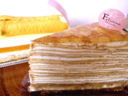 【ケーキ】エチエンヌ「ミルクレープバナナ」 (3)