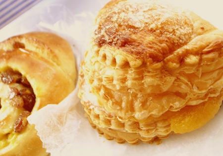 【パン】パリの空の下「ビションリヨネ」02