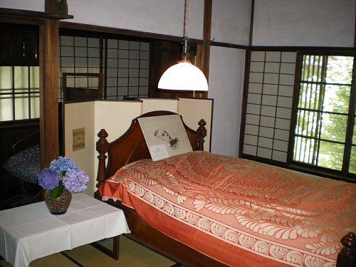 成瀬仁蔵邸・2階寝室