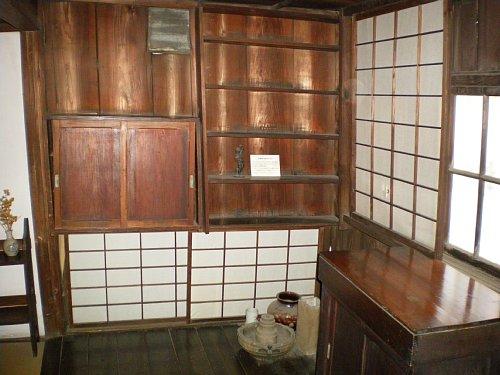 成瀬仁蔵邸・2階寝室奥