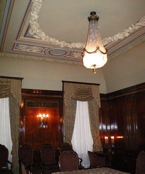 綿業会館・本館特別室