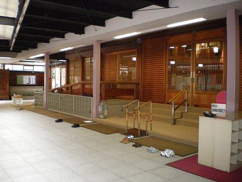 金光教玉水教会・玄関