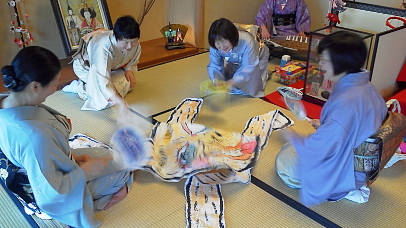 ひな祭り茶会遊び