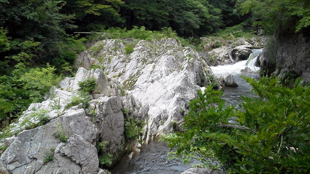 夏井渓谷 (1000x563)