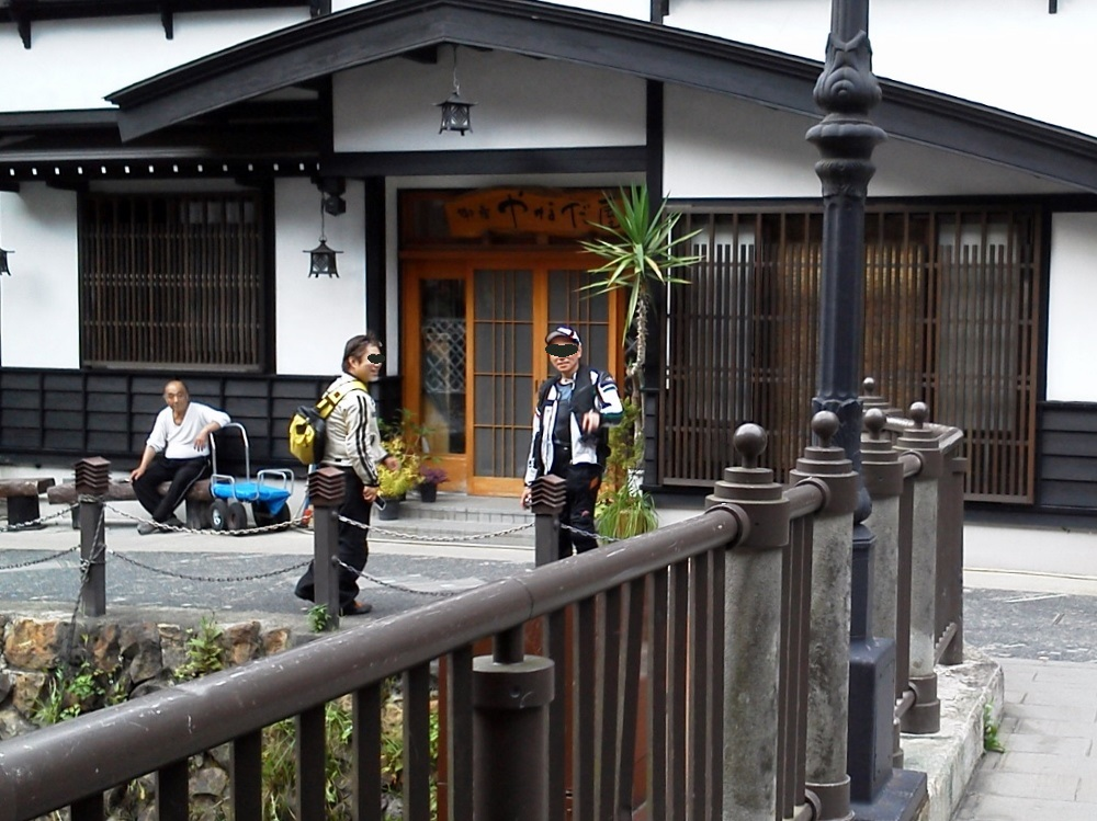 銀山温泉にて9 (1000x749)