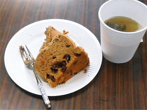 06 500 20140601 教会bazaar:シフォンcake+herb-tea