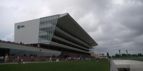 札幌競馬場、メインスタンド