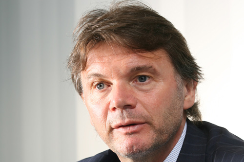 main_Troussier_02_kane_c.jpg