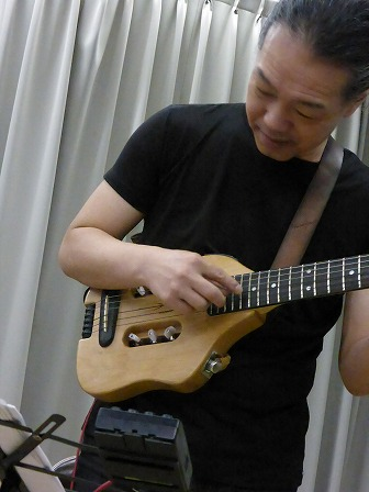 ギター村山義光氏