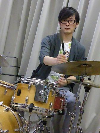 ドラム斎藤洋平さん