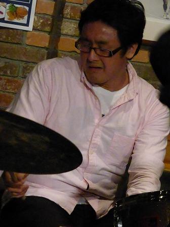 ドラム定岡弘将さん