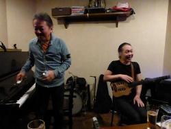 ギター村山義光氏、ピアノ竹下清志さん
