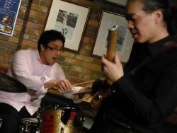 ギター村山義光氏、ドラム定岡弘将さん