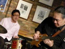 ギター村山義光氏、、ドラム定岡弘将さん