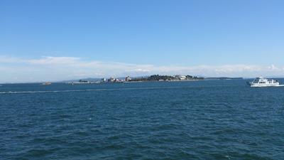 フェリーから眺める三河湾の島