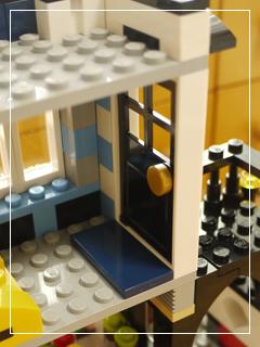 LEGOBikeShopandCafe19.jpg