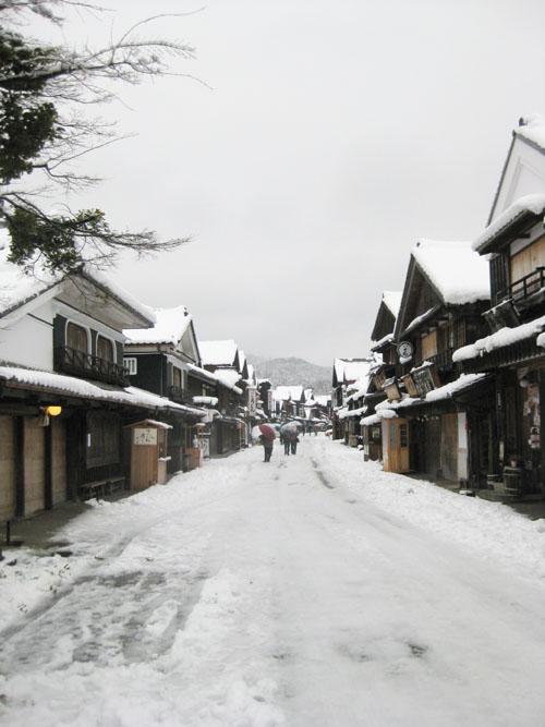 雪の伊勢02