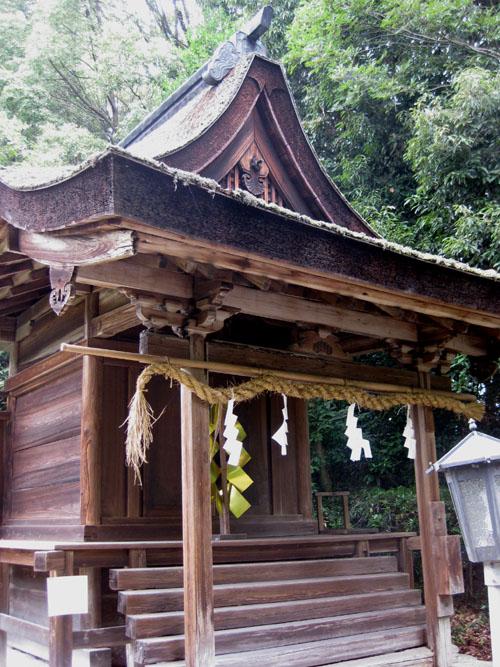 大和神社-祖霊社10