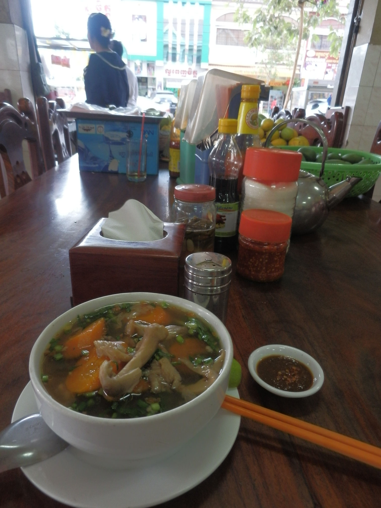 カンボジア・初の夕食