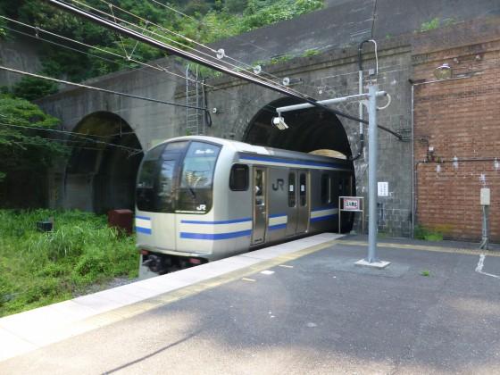 JR田浦駅1110602