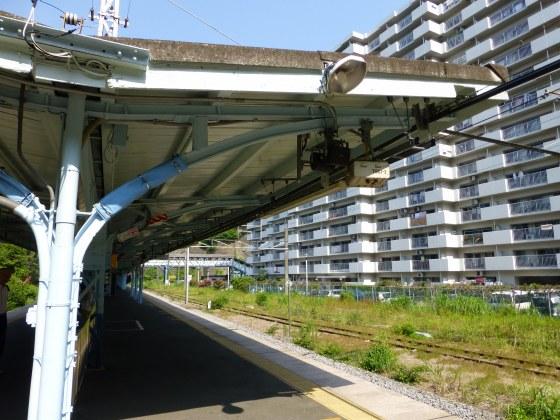 JR田浦駅1110606
