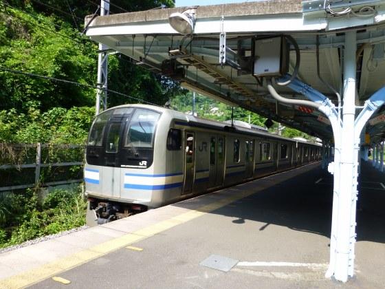 JR田浦駅1110612