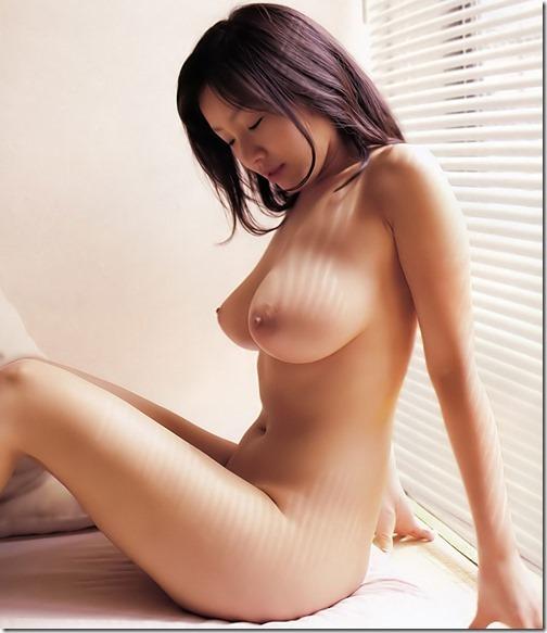 【おっぱいのエロ画像】お前の胸に顔をうずめて・・朝までいいだろ?_004-s