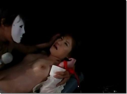 【無料動画】大絶叫音量注意!マジ逝きアクメ電マアタッチメント挿入同時クリトリス刺激01