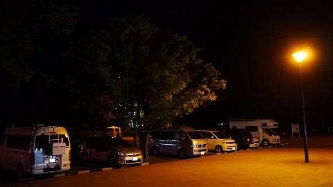 N-WGNで車中泊、車中泊用マット使用(道の駅 ウトナイ湖)