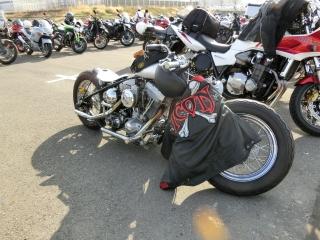 やたら低いバイク