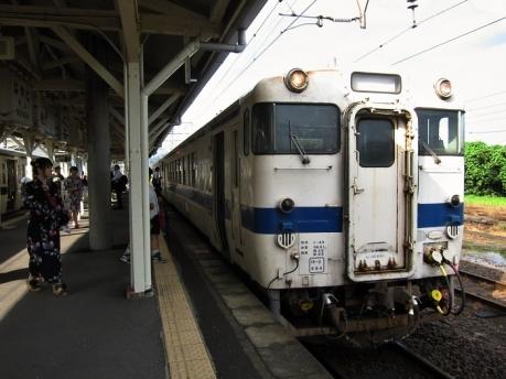 隼人駅 キハ47